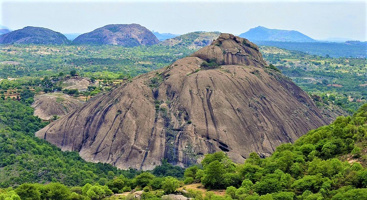 Ramanagara Bangalore: Silk City, Vulture Sanctuary and Sholay Movie Hills |  Offbeat Explorers